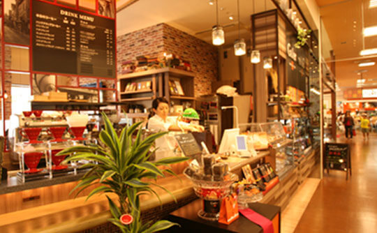 マーサンミッシェルカフェ天久リウボウ店の写真